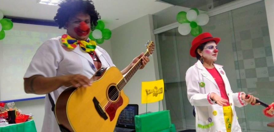 Profissionais do HNSC participam de ação alusiva à Semana da Enfermagem