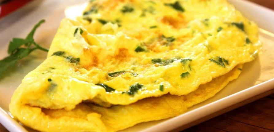 Omelete com legumes e farelo de aveia