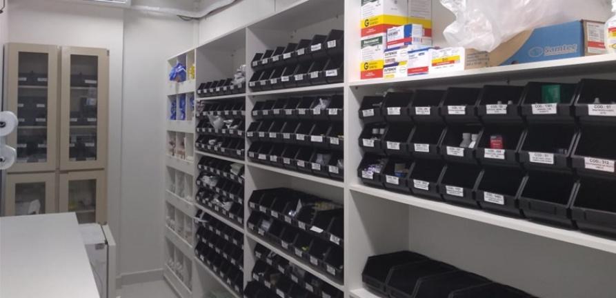 HNSC recebe medicamentos para a ala covid